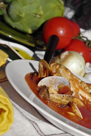 Mama Chio's Shellfish Cioppino